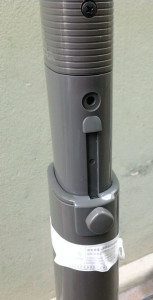 Phần tăng giảm chiều cao, phần này rớt hay, tháo lỏng ốc giữ là nó tự đẩy lên trên, không cần kéo lên