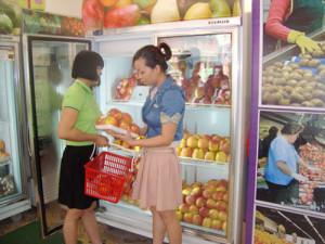 Cửa hàng hoa quả nhập khẩu nên chọn địa điểm ở gần khu dân cư cao cấp, mặt bằng thu nhập tốt.