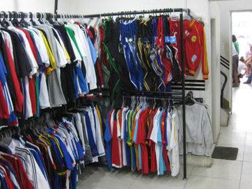 Shop quần áo sinh viên