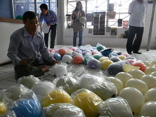 Cơ sở sản xuất mũ bảo hiểm nhái