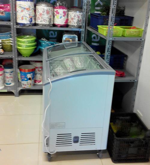 Tủ đông trong siêu thị