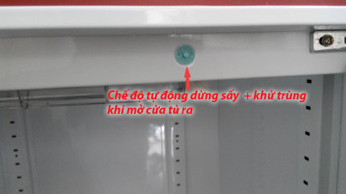 Tự động ngắt chế độ sấy + khử trùng khi mở cánh tủ ra