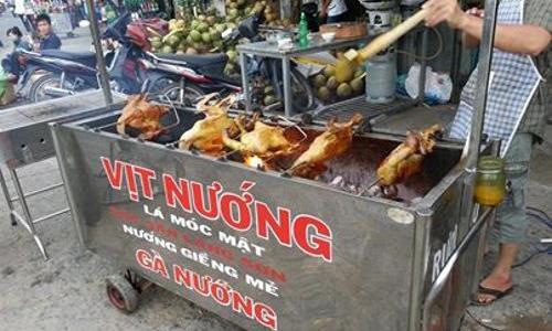 Vịt nướng lá móc mật Lạng Sơn