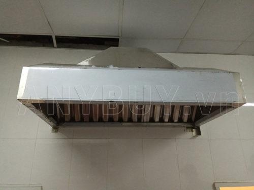 Hệ thống chụp hút mùi inox cho bếp nhà hàng.