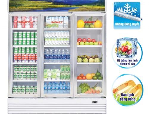 Tủ mát 3 cánh Sanaky mã VH-1520HP được sử dụng trưng bày sữa, nước uống, hoa quả …